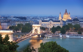 Chain Bridge Hungary Wallpaper